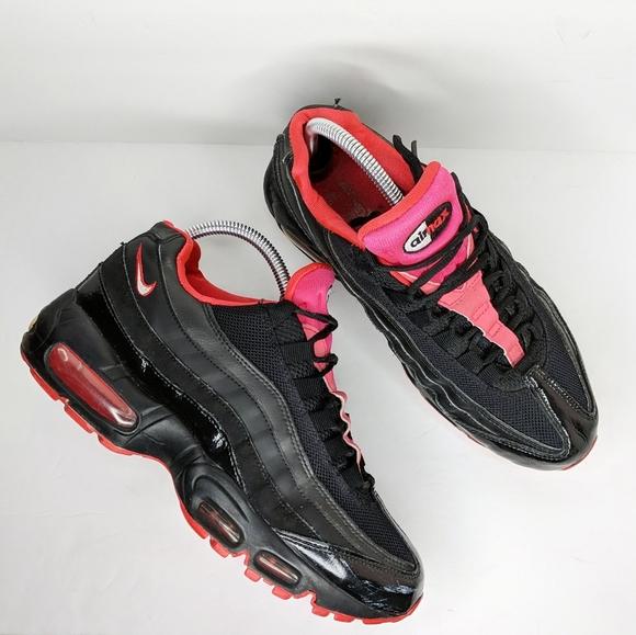 Nike Air Max 95 Black Siren Red size 8.5
